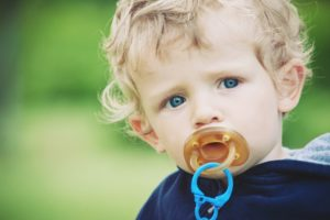 How to Choose the Right Pacifier for Your Baby
